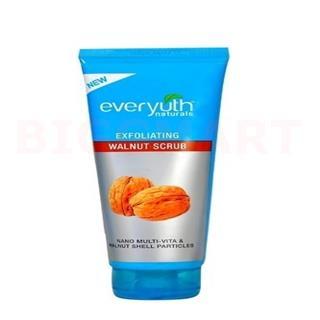Everyuth Exfoliating Scrub Walnut Multi Vita (200 gm)